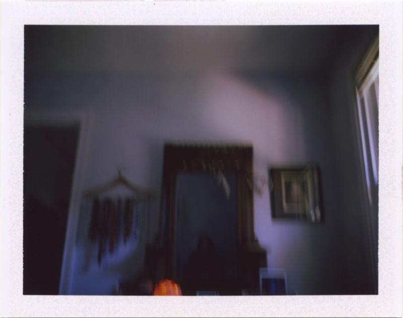 Nov18_pola_mirror