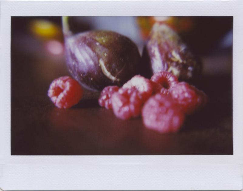 Aug20_lomo_fruit2