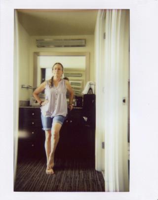 July21_lomo_aginghotel002.jpg